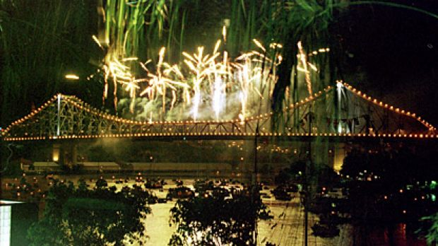 The Storey Bridge erupts in fireworks for Riverfire.