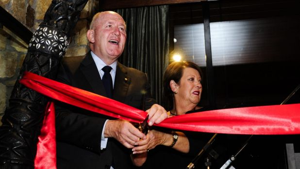 The Governor-General, Sir Peter Cosgrove, and Lady Cosgrove decare the lodge officially open.