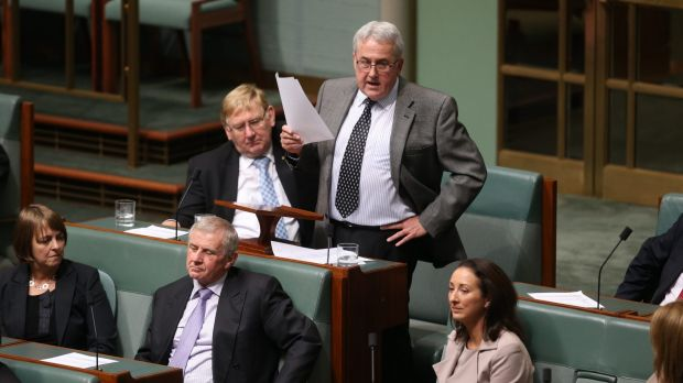 Former Labor MP Steve Gibbons delivers his valedictory address in Parliament House in 2013.