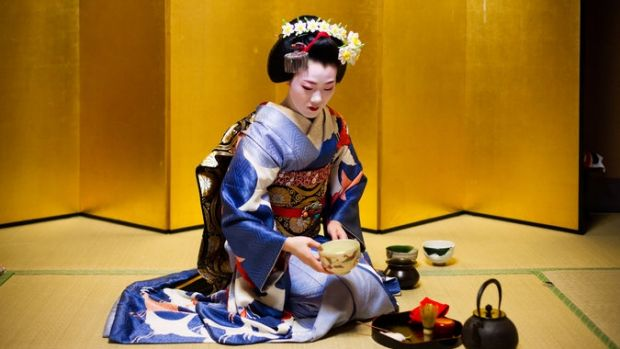 japanese teahouses and the geisha The most famous geisha tea house from kyoto  gorgeous photo love kyoto, is  amazing :) have fun in japan sep 05 2012 06:46 am.