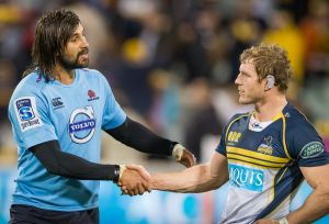 Jacques Potgieter of the NSW Waratahs and David Pocock of the ACT Brumbies.