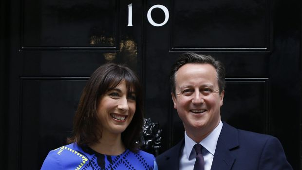 Britain's Prime Minister David Cameron and his wife Samantha return to Number 10 Downing Street after the general election.