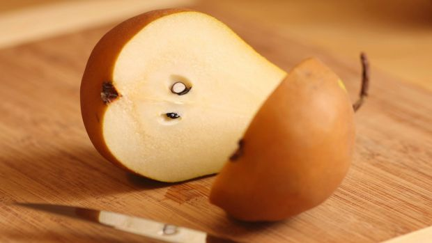 An increased consumption of pears has been linked with weight loss.