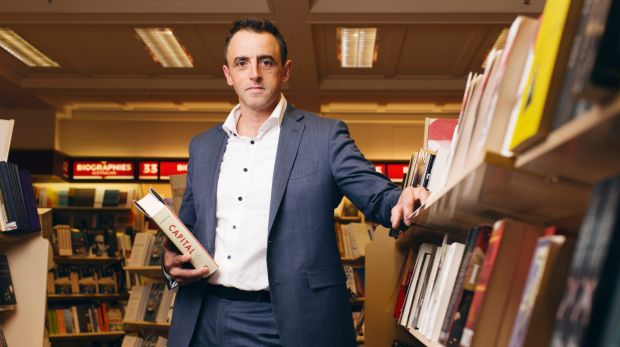 Dymocks managing director Steve Cox has criticised publishers for selling books directly to international retailer Book ...