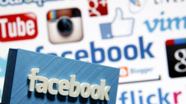 Paediatric and mental health experts called on Facebook last week to abandon a messaging service the company had ...