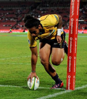 Try time:  Joe Tomane crosses for the Brumbies.