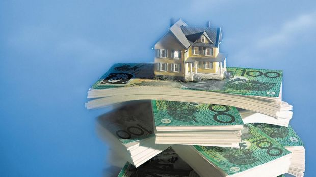 Under a Remuneration Tribunal ruling, politicians are allowed to claim up to $271 per overnight Canberra stay tax-free, ...