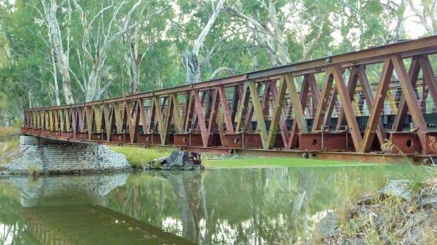 A foot bridge spanning an irrigation canal on the network of walk and ride tracks around Narrandera.