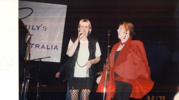 Jane Clifton sings with Joan Jetts and the Fishnets in 1998 at the Regent Theatre as part of Joan Kirner's 60th birthday ...
