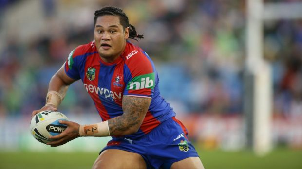 Joey Leilua playing for the Knights last season.