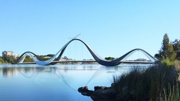 WA engineers fear the Perth Stadium footbridge could collapse due to poor welds.