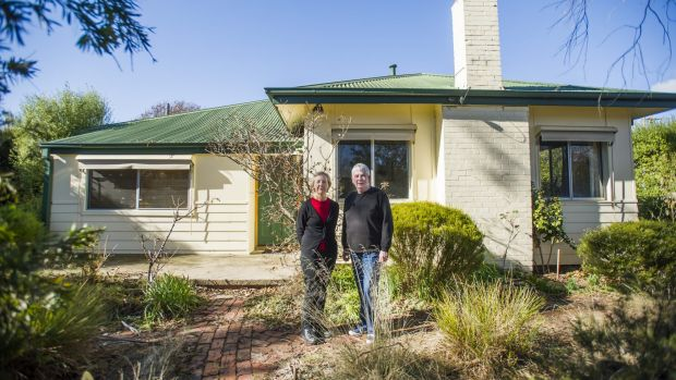 Mary Hutchison and Maureen Cummuskey with their heritage O'Connor Tocumwal home for which the government paid them $820,000.