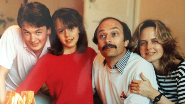 Everywoman: A young Mia with her parents and brother.