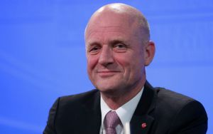 Senator Leyonhjelm describes the lockout laws as an over-reaction to a moral panic about one punch deaths.