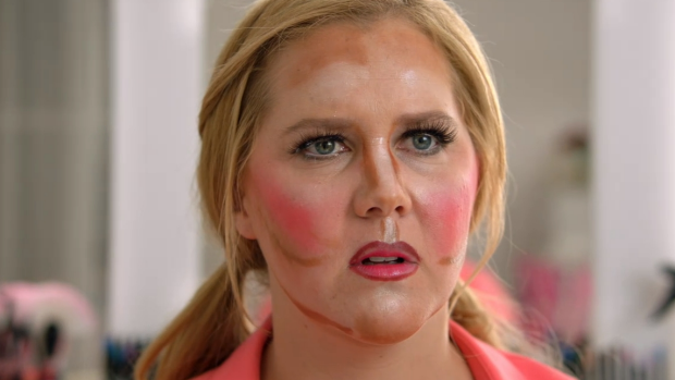 Celebrity makeup artist, Liz Kelsh, says contouring should not be worn as an accessory.