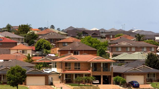 The change is significant because while other banks have reduced discounts for new investors, ANZ's move affects ...