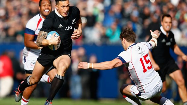 Sonny Bill Williams, now a Sevens player, takes on the USA defence at Soldier Field in 2014.