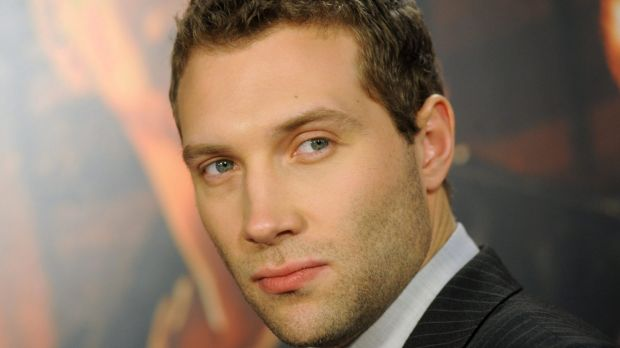 Jai Courtney is a member of the latest generation to seek their fame and fortune on the other side of the Pacific.