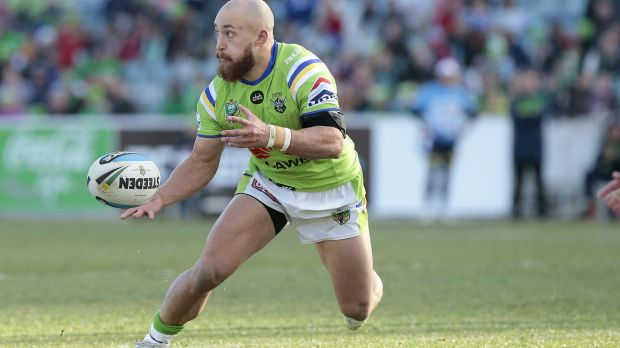 Canberra Raiders hooker Kurt Baptiste has been picked at halfback for Saturday's match with the Cronulla Sharks.