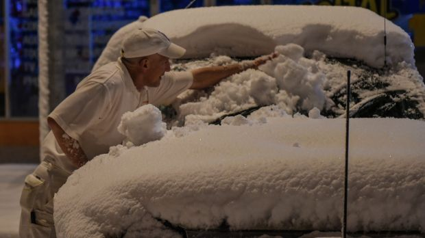 Oberon residents are waking to a winter wonderland on Friday morning after the NSW central tablelands town had its ...