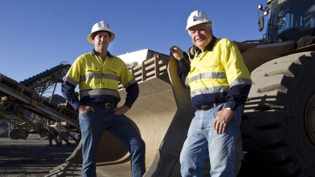"Northern Star managing director Bill Beament (left) says the ""buoyant"" Australian-dollar gold price is resulting in ..."