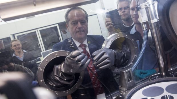 Bill Shorten has tried to quarantine himself from Tony Abbott's royal commission.