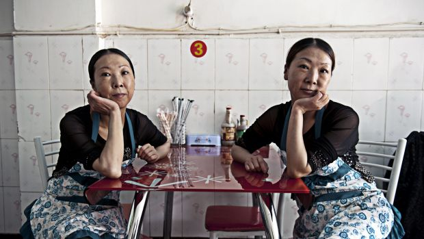 SHOOT THE CHEF 2013 The sisters Jin by Hugh Rutherford  I came across these two delightful twin sisters, Ying and Lan, ...