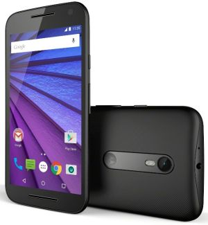The Moto G's five-inch display looks bright and not too fuzzy.