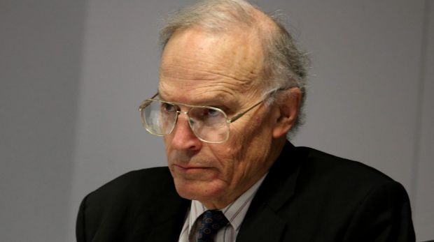 Royal commissioner Dyson Heydon: Report questions relationships between CFMEU-related groups in Canberra and donations ...