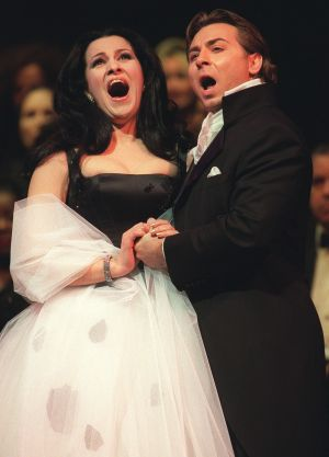 Angela Gheorghiu performs with her now ex-husband, Roberto Alagna, at New York's Lincoln Centre in 2002.