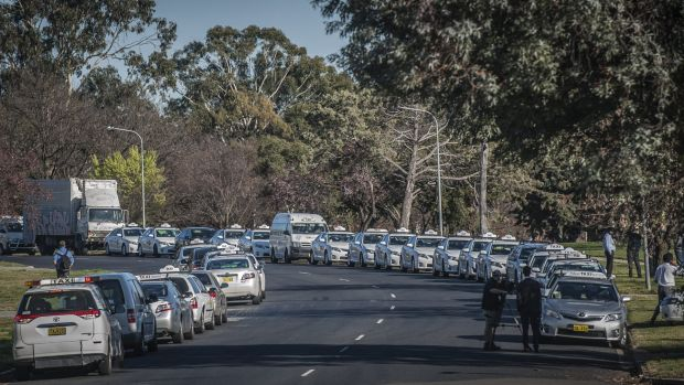 Canberra's striking taxi drivers gather in Kingston for the beginning of their three-hour strike.