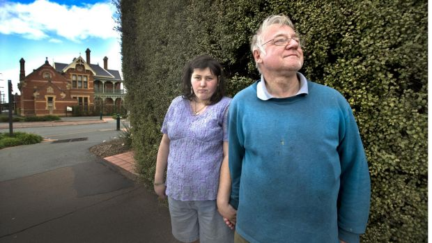 Euroa couple Jacinda and Arthur Eastham, who say they were sold a course they could not complete.