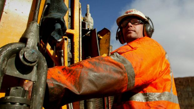 Drilling at a well offshore Western Australia has raised hopes of a new petroleum province.