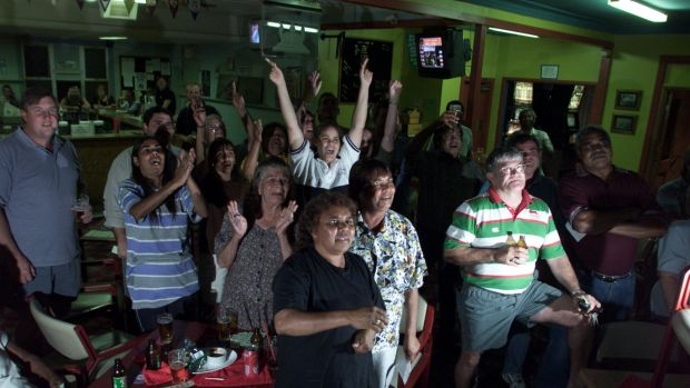 Never a minute quite like it... Bourke residents watch Freeman compete