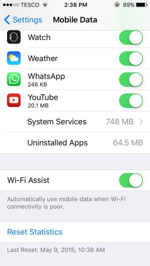 how to turn on mobile data on iphone 5