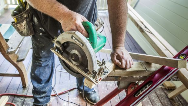 A Sydney builder took deposits but failed to start work on multiple occasions.