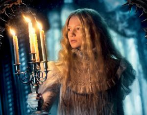 Mia Wasikowka in <i>Crimson Peak</i>.