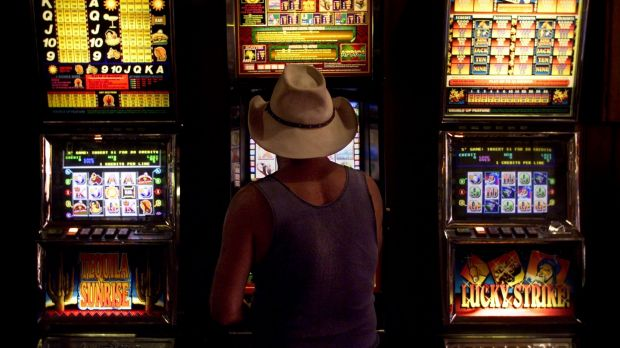 Poker machines: Problem gamblers are calling for action to limit access to cash in Canberra's clubs.