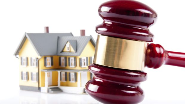 A real estate agent's licence was granted to a man with a criminal history.