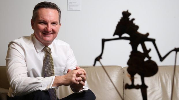 Shadow Treasurer Chris Bowen says the move would change the ability of small businesses to bring private litigation.