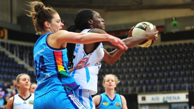 Canberra Capitals' Rosie Fadljevic and South East Queensland Stars' Ify Ibekwe in action.