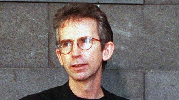 """Peter Carey in 1994: A successful author despite telling his editor, Craig Munro, """"Writing's a boring, f---ing insular, ..."""