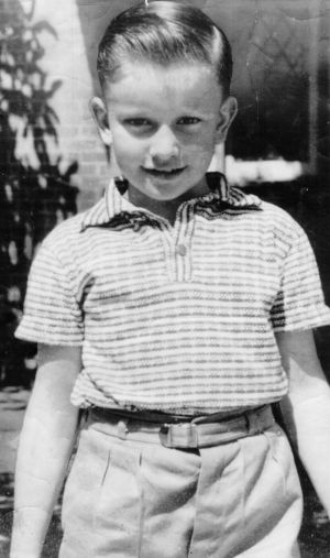 Graeme Thorne was kidnapped in Bondi and later murdered in 1960. His parents won the 10th Opera House Lottery.