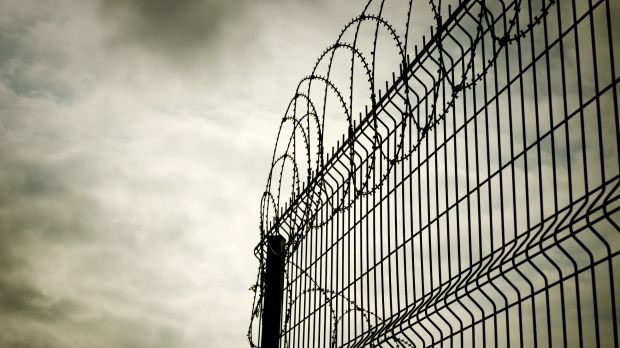 A prisoner committed suicide despite being monitored by CCTV in 2013.
