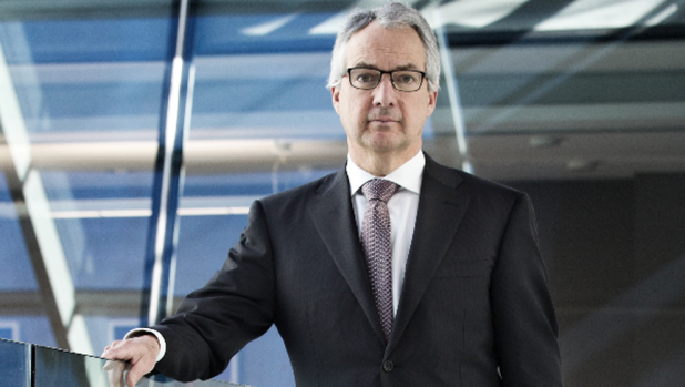 Is Macquarie Group chief executive Nicholas Moore still tuned in to Southern Cross?