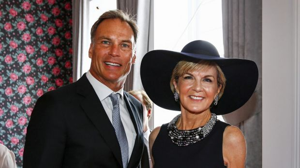 Foreign Affairs Minister Julie Bishop with her partner David Panton at the Melbourne Cup.