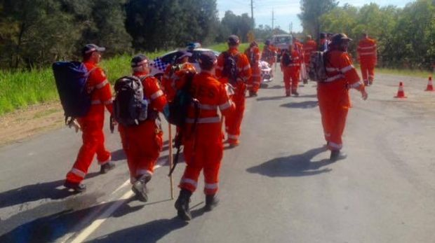 SES volunteers have arrived at Pimpama to search for clues in the suspected murder of Tiahleigh Palmer.