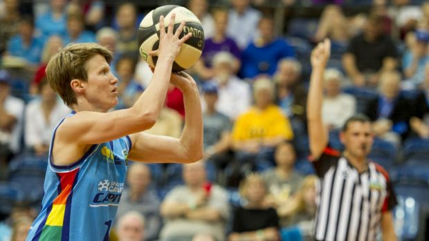 Canberra Capitals veteran Jess Bibby will break the WNBL's most games record on Saturday night.