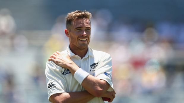 Tough day in the west: Tim Southee waits fior the sightscreen to be adjusted.