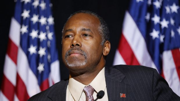 Republican presidential candidate Ben Carson called for Congress to cut off funding for resettlement of Syrian ...
